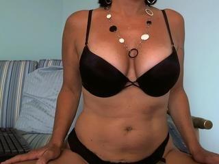 Liza Bella